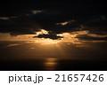 光線 朝の明石海峡 perming  日本の風景写真素材 21657426