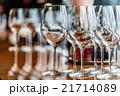 コンセプト 概念 グラスの写真 21714089