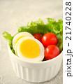 ゆで卵とトマトのサラダ 21740228