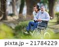 老老介護 シニア夫婦 21784229