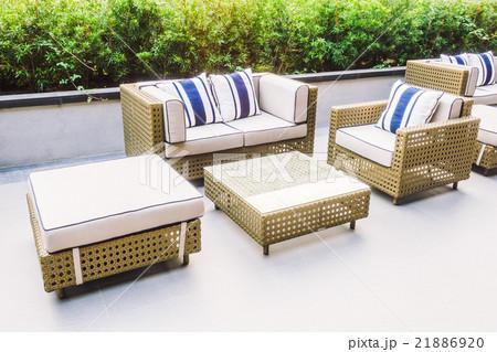 Sofa with outdoorの写真素材 [21886920] - PIXTA