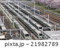 春の山手線車庫と京浜東北線 21982789