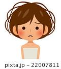 ボサボサな髪の女性 22007811