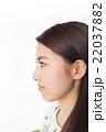 横顔の女性 美容系 肌 22037882