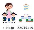 保育諸問題保育士と男女の制服を着た子供 22045119