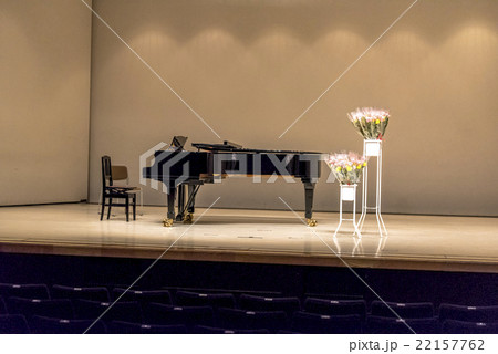 grand piano on stage 22157762