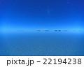 鏡張りのウユニ塩湖の夜景 22194238