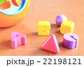 型はめパズルのおもちゃ 22198121