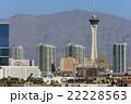 ラスベガス ストラトスフィアタワーと山 22228563
