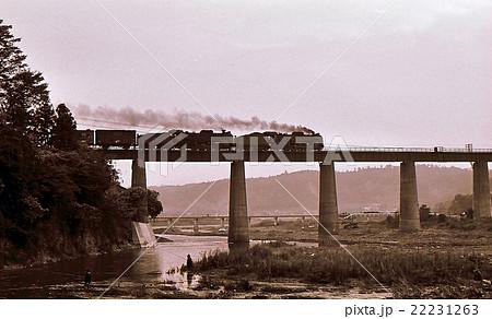 昭和43年 八高線の重連蒸気機関車 D51  22231263