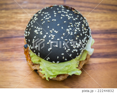 Black burger with Spicy sauce 22244832