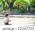砂場遊びをする幼児 22247755