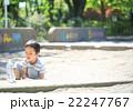 砂場遊びをする幼児 22247767