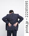 ミドルのビジネスマン(疲労イメージ) 22285095