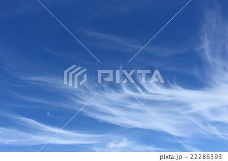 刷毛で掃いたような雲 22286393