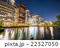 【東京】丸の内オフィス街の夜景 22327050