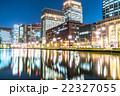 【東京】丸の内オフィス街の夜景 22327055