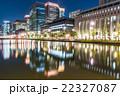 【東京】丸の内オフィス街の夜景 22327087