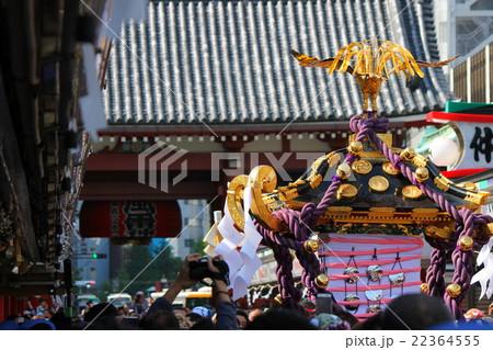 三社神輿と雷門 22364555