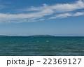 国道58号線、名護市字源河から古宇利島を望む、沖縄北部 22369127