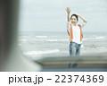 旅を楽しむ女性 22374369