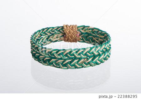 colorful dry natural grass women braceletの写真素材 [22388295] - PIXTA