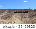 廃坑跡のゴーストタウンを走る蒸気機関車 アメリカ 22429323
