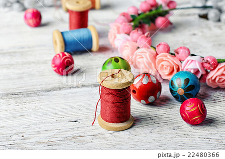 Beautiful beads and spool of threadの写真素材 [22480366] - PIXTA