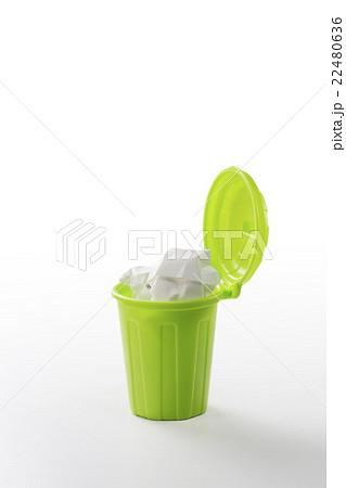 ゴミ箱 22480636