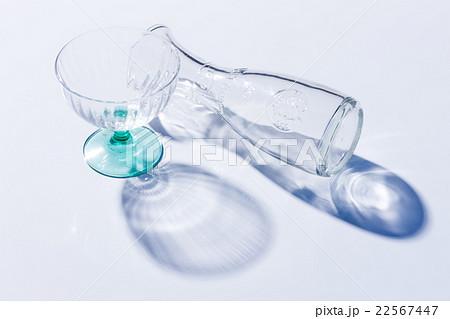 ガラスのコップの写真素材 [22567447] - PIXTA