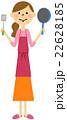 調理器具を持つエプロンの女性  22628185