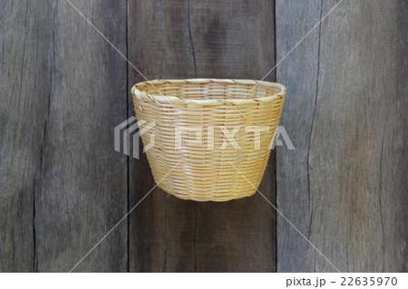 Basket weave of handicraft on old wooden.の写真素材 [22635970] - PIXTA