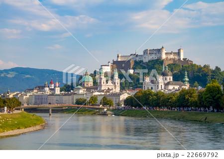 ザルツブルクの眺め 22669792