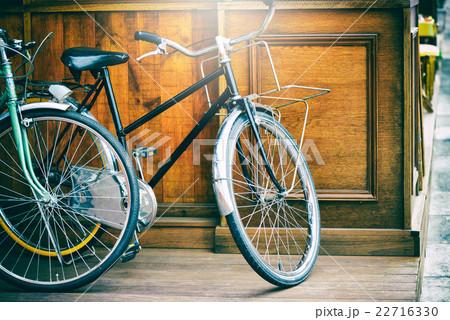アンティークな自転車 22716330