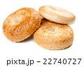 白背景 切り抜き パンの写真 22740727