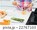 お弁当作り 22767103