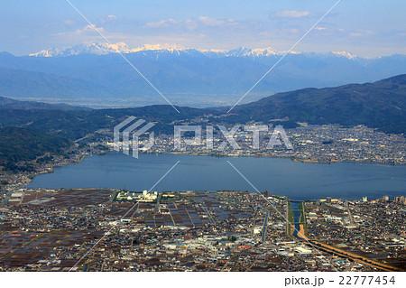 長野県の諏訪湖上空から北アルプス方向を空撮 22777454