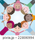 円陣を組む世界の人々 22806994