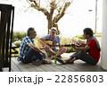 趣味を楽しむシニア 音楽 22856803