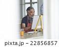 趣味を楽しむシニア 絵画 22856857