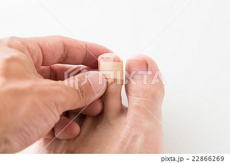 貼り 指先 方 絆創膏