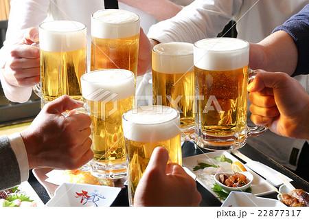生ビールで乾杯 22877317
