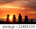 夕日とモアイ像 22885150