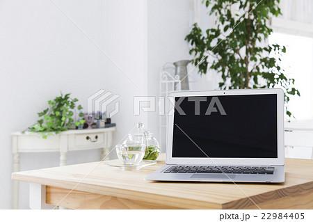 パソコン ハーブティー ライフスタイル カフェ 22984405