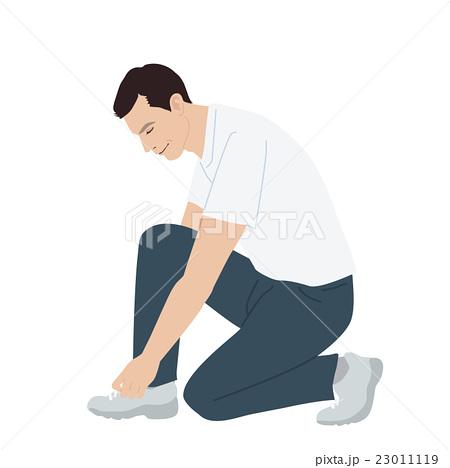 靴ひもを結ぶ男性 23011119