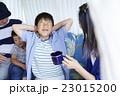 人物 ポートレート 男の子の写真 23015200