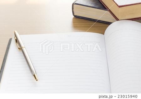 Pen and Notebook open blank pageの写真素材 [23015940] - PIXTA