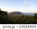 新島 眺め 夕方の写真 23038909