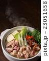 鶏鍋 23051658