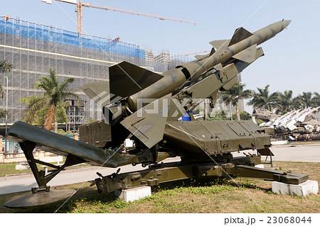 ベトナム戦争時に北ベトナム軍が使用した地対空ミサイルのS-75ミサイル(SA-2ガイドライン) 23068044